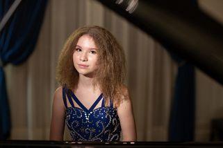 «Фортепиано без границ»: Джулиан Тревельян и Варвара Кутузова