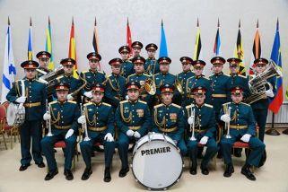 «Парад солистов»